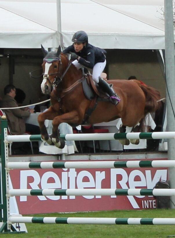 Mynou Diederichsmeier mit ihrem Pferd Goldstar 34 beim Pferdefestival Redefin 2013