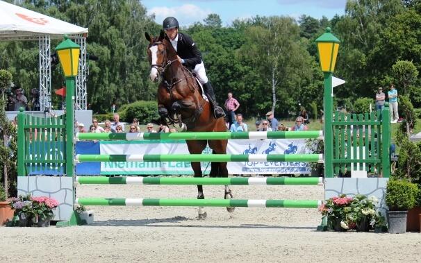 Sieger im CCI4* 2014 in Luhmühlen: Tim Price mit Wesko